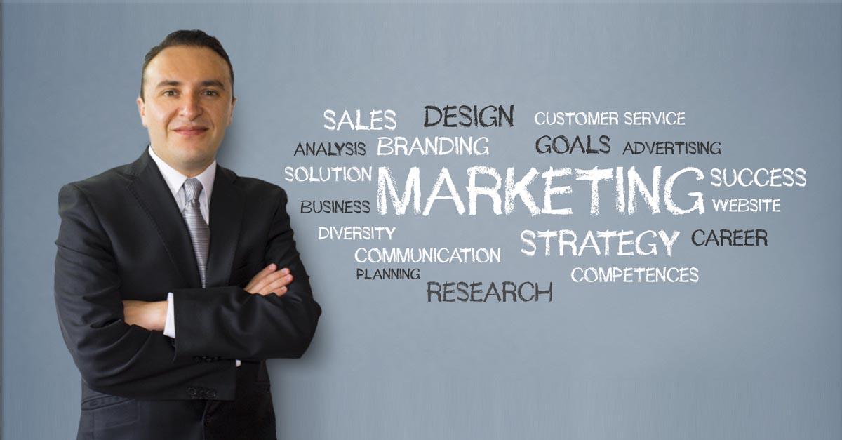 Oscar Auza Consultor en Marketing y Comunicación